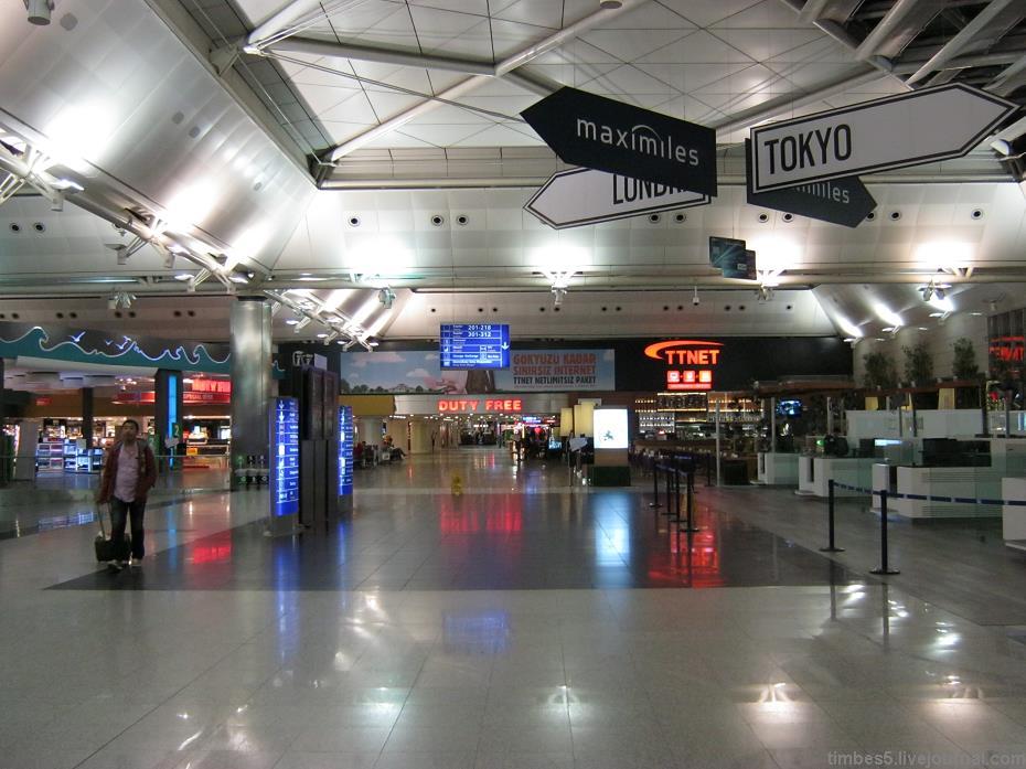 Картинки по запросу аэропорт ататюрк внутри